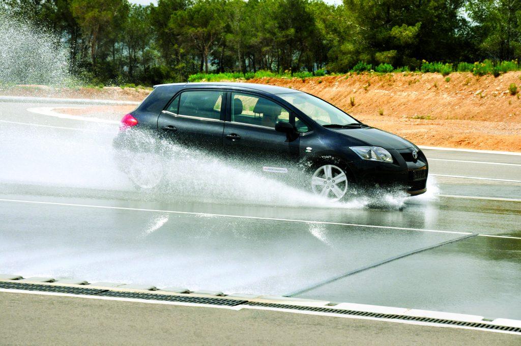 Circuito Wet Handling