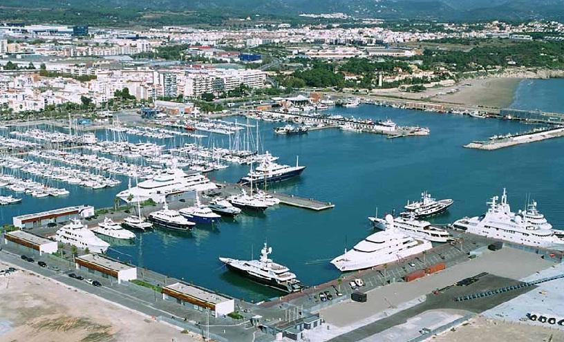 Marina grandes esloras Puerto Vilanova
